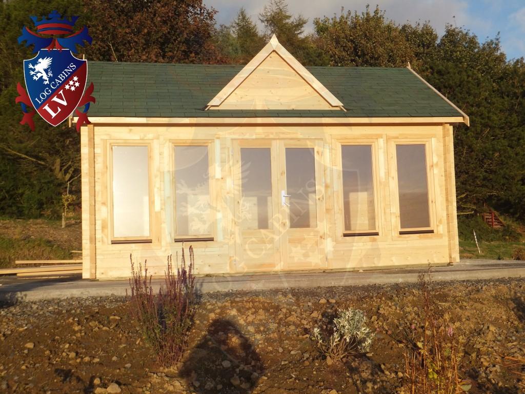 Clock House log cabins