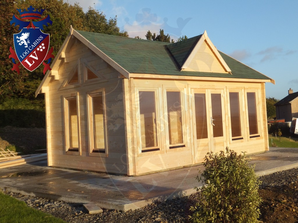 Clock House Log Cabins  037