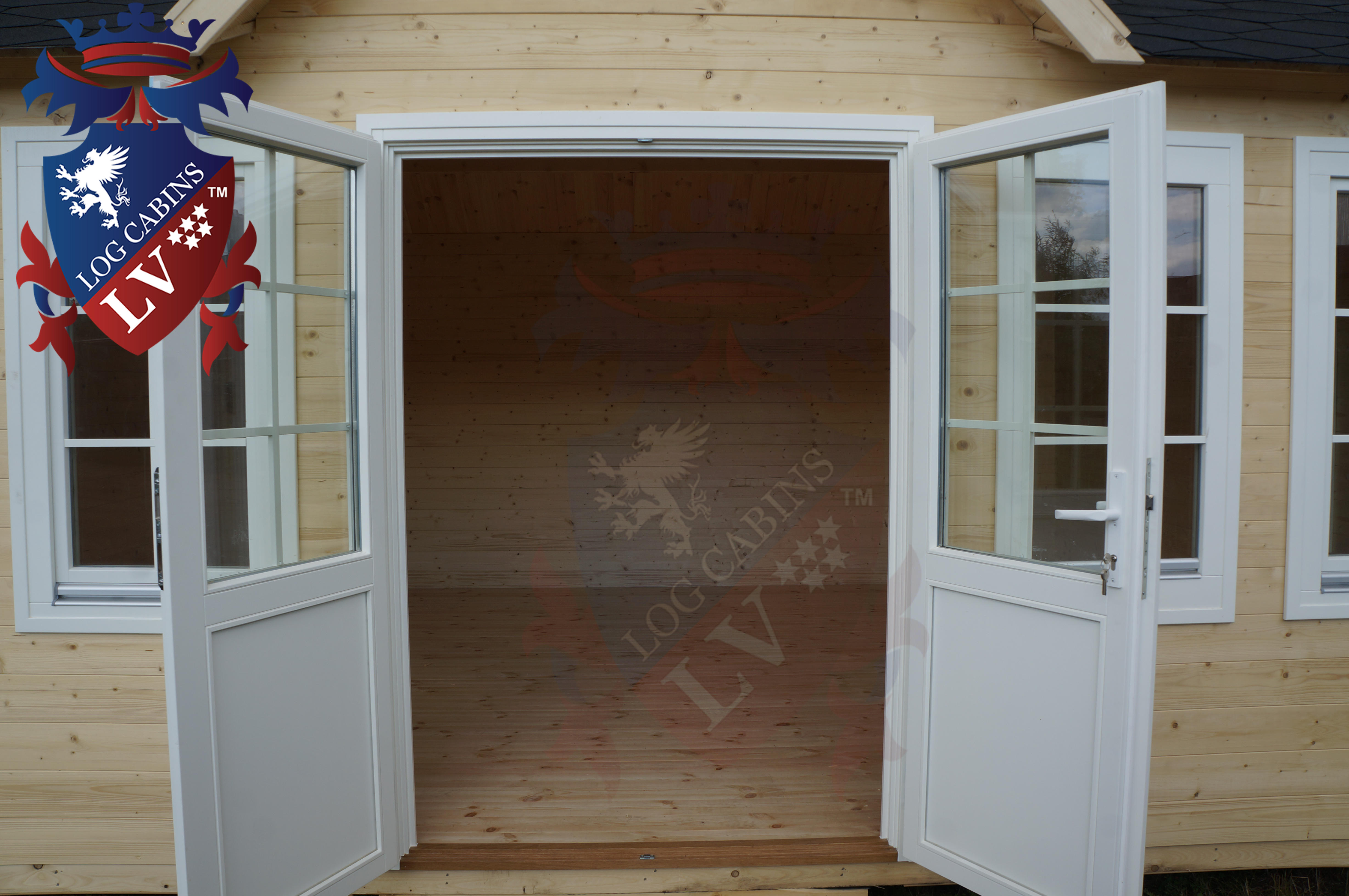 Delux windows and doors log cabins LV  18