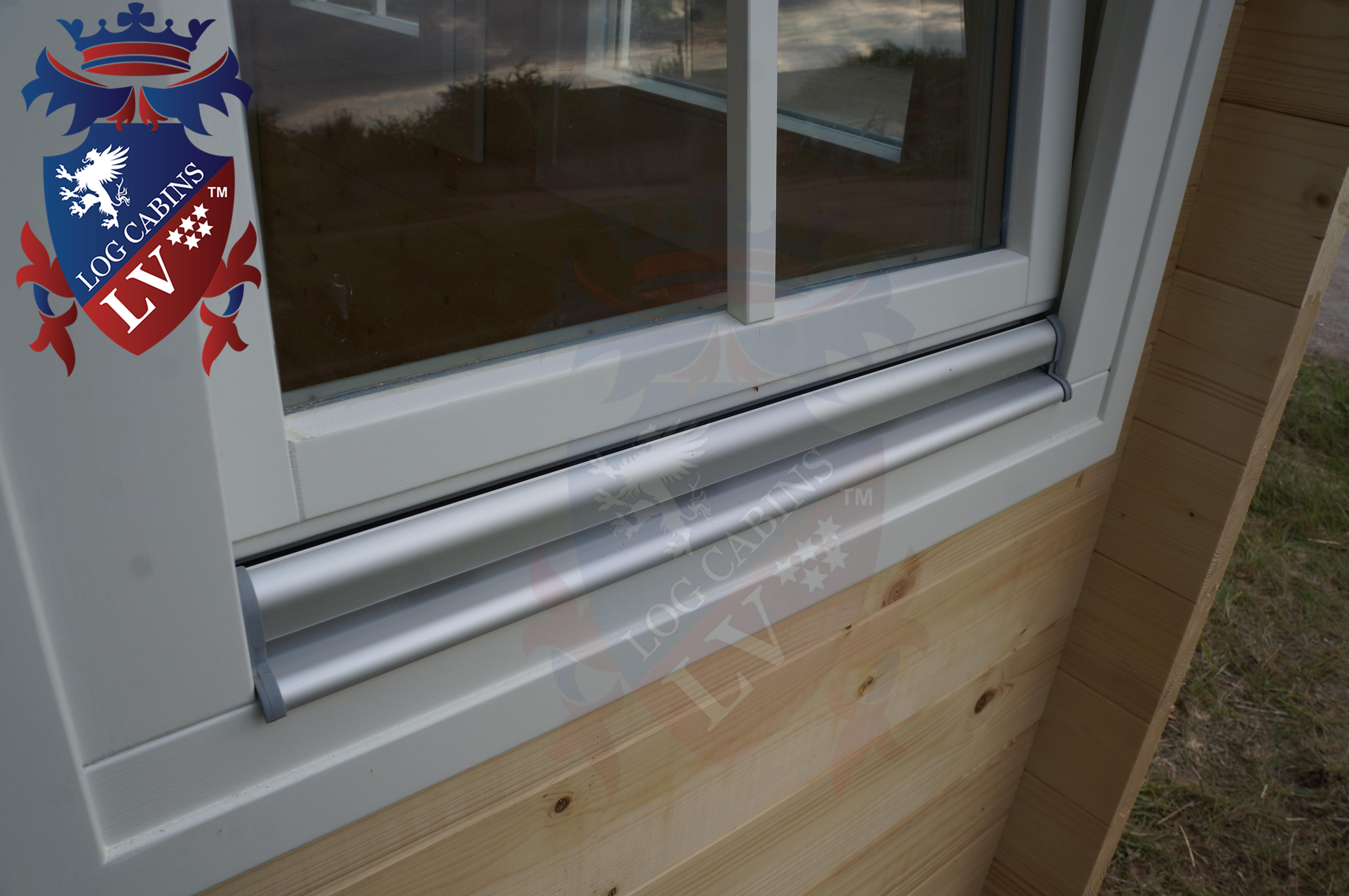 Delux windows and doors log cabins LV  21