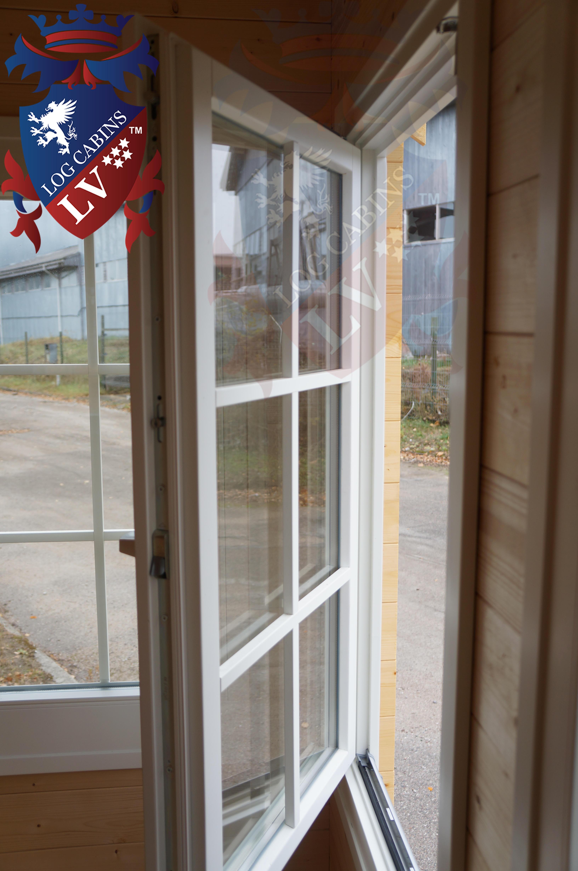 Deluxe Log Cabins Windows and Doors  6