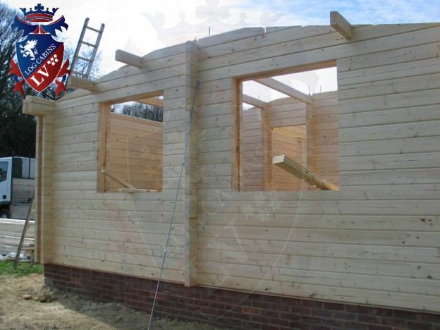 quality twin skin log cabins by logcabinslv.co.uk