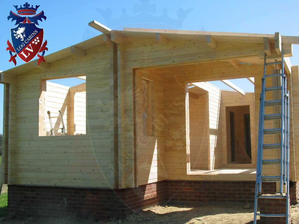 Log Cabins  332
