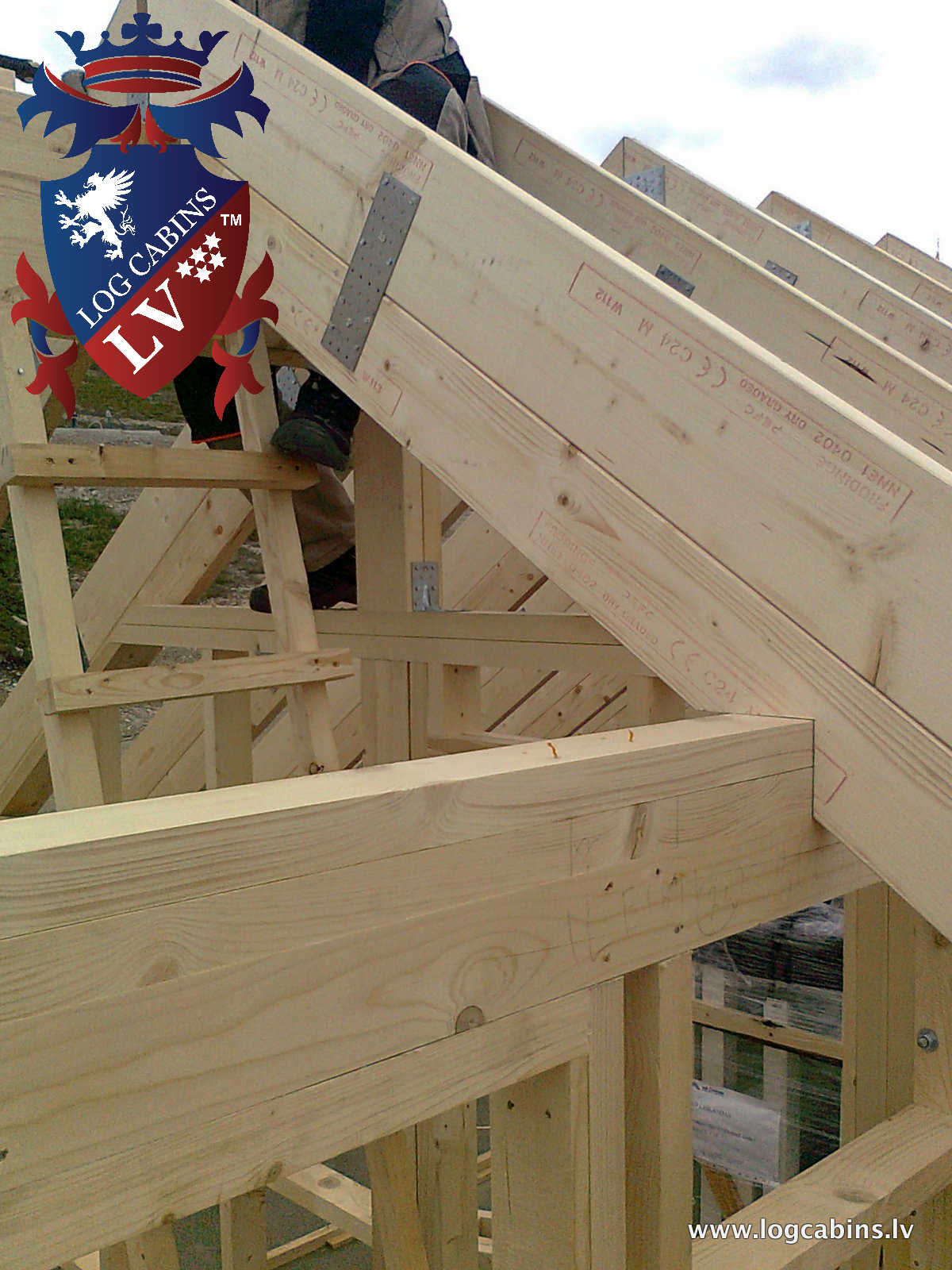 Log Cabins VS Timber Frame 2016   819