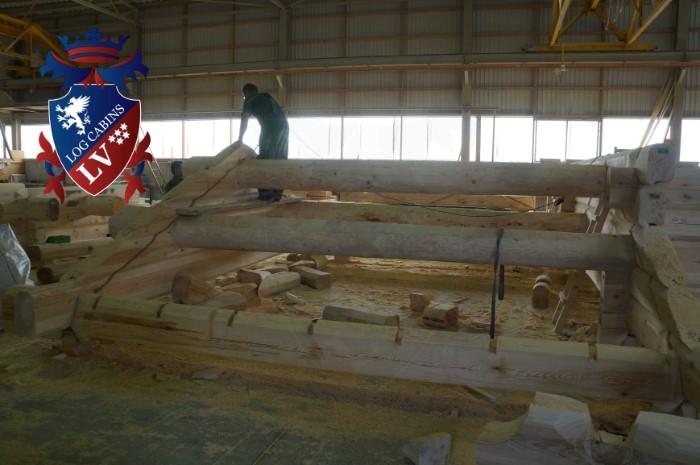 Scandinavian Log Cabins  165