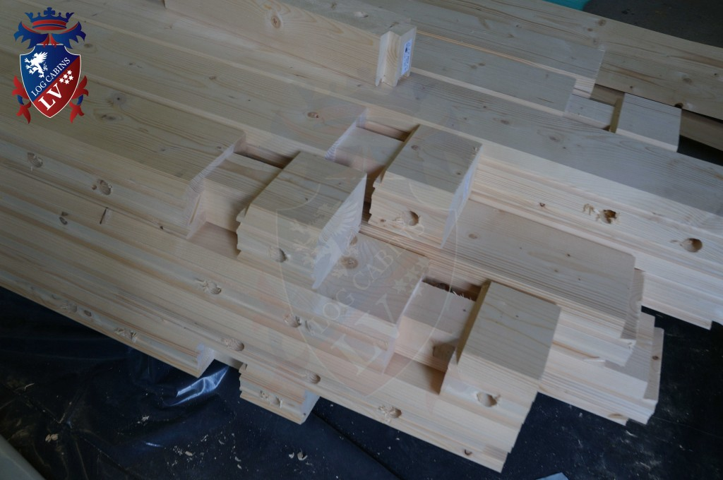 laminated Larch Logs 39