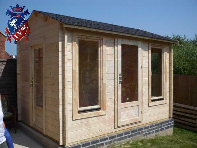 log cabins LV  104