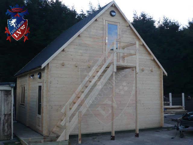 log cabins LV  204