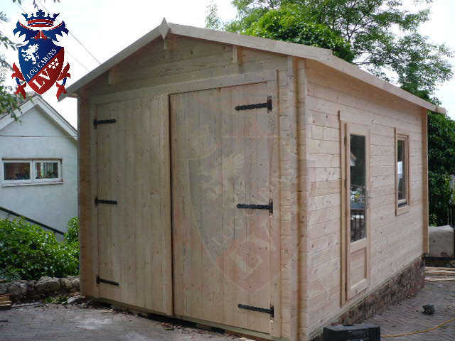 log cabins LV  229