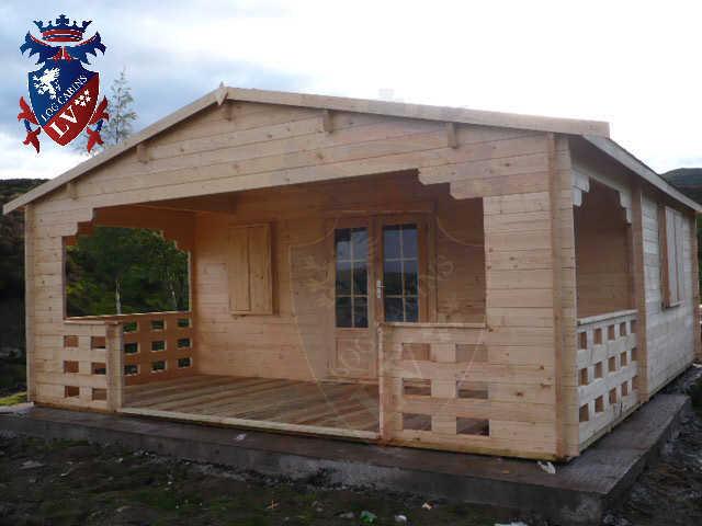 log cabins LV  379