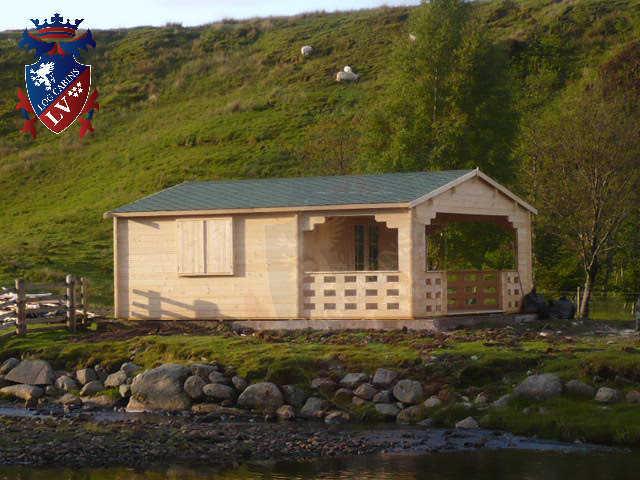 log cabins LV  429