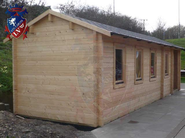 log cabins LV  554