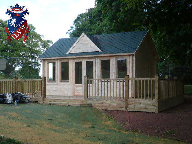 log cabins LV  604