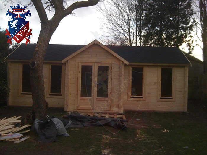 log cabins LV  754