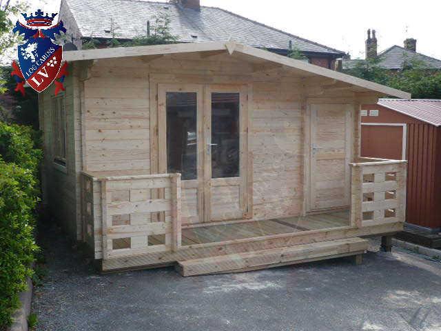 log cabins LV  829