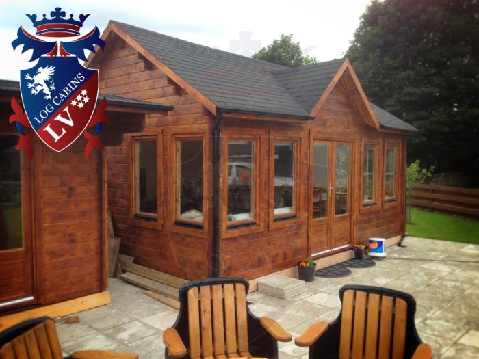 log cabins- log cabins